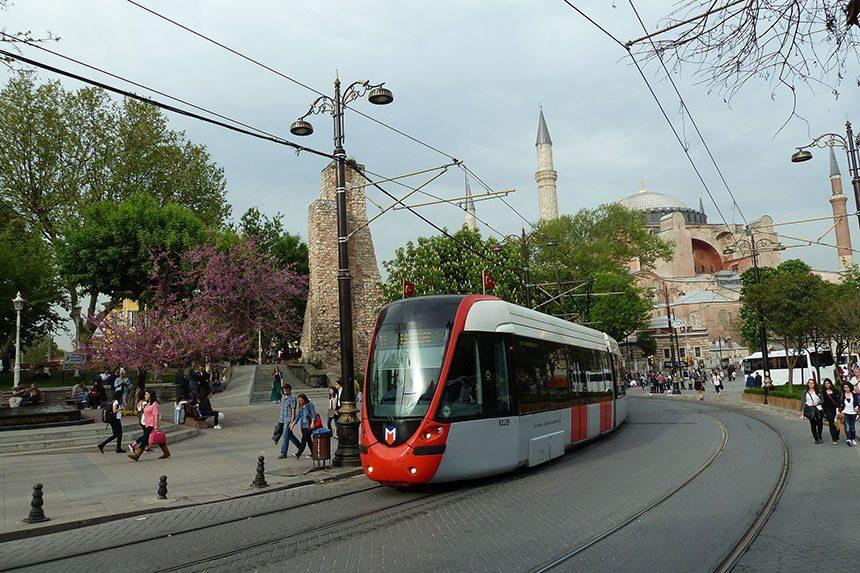Kết quả hình ảnh cho transportation in istanbul